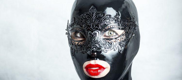 Maske Latex